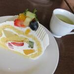 155594331 - 【ケーキ1個のセット(ケーキ1個・ドリンク1杯)980円】