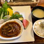 Ta蔵 - 和風煮込みハンバーグ 900円