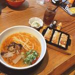 拉麺ひらり - 料理写真:ごはんをドリンクへ変更は 女性に嬉しいポイント☆