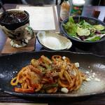 きりん珈琲 - うどんナポリタン+温玉