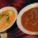 15561839 - ツインセットの2皿。ビーフと野菜