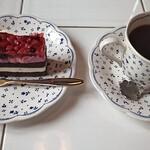 城門 - 料理写真:ケーキセット