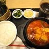 韓国厨房 尹家の食卓 - 料理写真:スンドウゥブチゲ定食