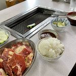りき食堂 - 焼肉定食 ¥1,000 コウネ ¥800