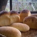 石窯パン工房森のおくりもの - 2012・10「飲む観音温泉水」の美味しいパン誕生。ハードトースト・みかんパン・ビターオレンジ&チョコ