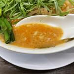 来来亭 - 辛ニラもやしこってり 麺の硬さ:バリカタ 濃さ:普通 背脂:多め ネギ:多め 一味唐辛子:ふつう チャーシュー:チャーシュー  葱ラーメン用葱 ワンタン
