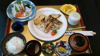 お食事処日本海 - 和定食B¥1300