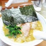 江戸川ラーメン 角久 - 料理写真:「チャーシューメン並」850円