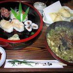 治作 - ランチ寿司そばセット800円に揚げシューマイをプラスで1000円。これは、いいです。