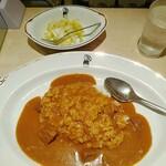 インデアンカレー - キャベツのピクルスは、甘酸っぱい、独特の酸味が印象的。