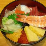 15569718 - 海鮮丼 1200円 (''?