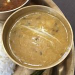 155693567 - ネパールセットの豆カレー