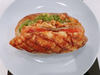 パンドール - イタリアンスモークチキンのチャパタ