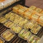 ベーカリー MIKI - 料理写真:サンド系が沢山