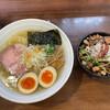 麺や真登 - 料理写真:薫る塩 トッピング半熟煮玉子 しみチャーシュー丼