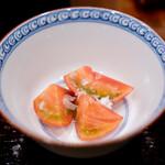 鳥田中 - トマト