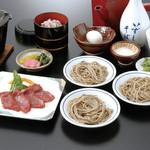 出石 城山ガーデン - 城山定食(1,575円)牛ステーキ鉄板焼きに、五穀米と出石皿そばの付いた定番コース