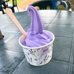 プチルネ - 料理写真:ラベンダーソフトクリーム