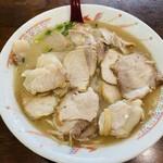 再来軒 - 料理写真:焼豚らーめん950円
