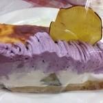 ベリー・ストロベリー - 鳴門金時と紫芋のスイートポテトタルトとプレミアムチーズケーキ