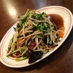 中華まんぷく山 - ニラレバ炒め