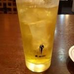 中華まんぷく山 - 緑茶ハイ