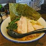 麺家 ジロー商店 - らーめん小[¥600]/チャーシュー(2枚)[¥100]