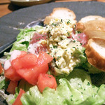 名古屋駅 古民家居酒屋 銑 - まぐろとアボカドのタルタルサラダ(ずく)
