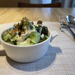 オーベルジュ麻布 - セットのサラダ