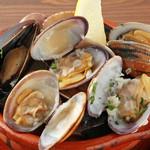 IBIZAバル - ムール貝と浅利のワイン蒸し