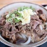 手打ちうどん ひさ枝 - 肉は程好い柔らかさで味は甘めでした。