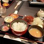 肴や 呉平 - ハンバーグ定食