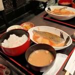 肴や 呉平 - さば味噌定食
