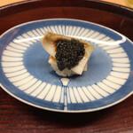 155839860 - 鱚一夜干し寿司 ベルーガキャビア乗せ