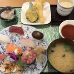 にぎり塚本鮮魚店 - 料理写真:特上にぎり天ぷら膳=1780円 税込
