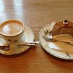 安曇野菓子工房 まるやま - 料理写真:コーヒー・モカロールセット