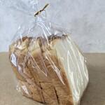 平野パン - 食パン 4枚切り