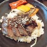 TSUBAKI食堂 - ステーキ丼