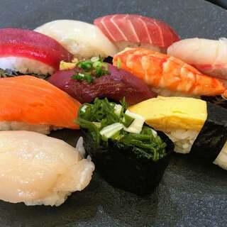 くう海 - 料理写真:特選握り(十巻) ¥1,100-