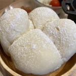 アルペンジロー - ★パン、ふわふわ〜(^ ^)