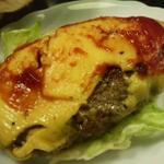 ほそやのサンド - ほそやのジャンボハンバーガー チーズ入り2