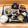 割烹 松秀 - 料理写真:お昼は おまかせ定食のみ ¥1100