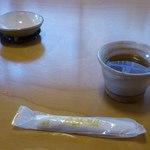 なみき庵 - 蕎麦茶。