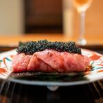 155932222 - サーロインの手巻き寿司 キャビア