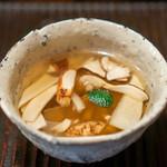 京天神 野口 - 松茸のお吸い物