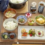 京のSAKESORA - 朝ごはん(ご予約時間に合わせて土鍋ごはんを炊き上げます)8/5~8/31期間限定の朝食です。