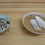 光軒 - 料理写真:中華そば(小)とチャーシュー丼