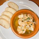 パスタイオ・コッコ - 料理写真:海老のアヒージョ