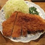 とんかつ ゆたか - ロースかつ定食1950円は、高いかな!