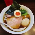 155976259 - 「醤油らーめん」(800円)+「味玉」(120円)